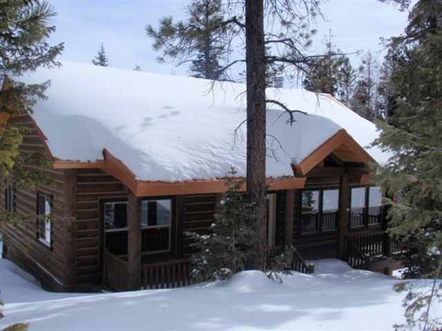 Duck Creek Real Estate Beautiful Cabin In Color Country