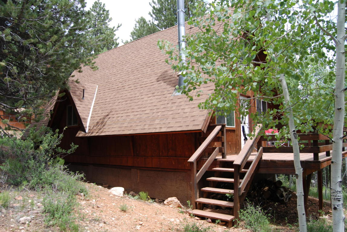 Duck Creek Real Estate, Strawberry Valley Cabin for sale