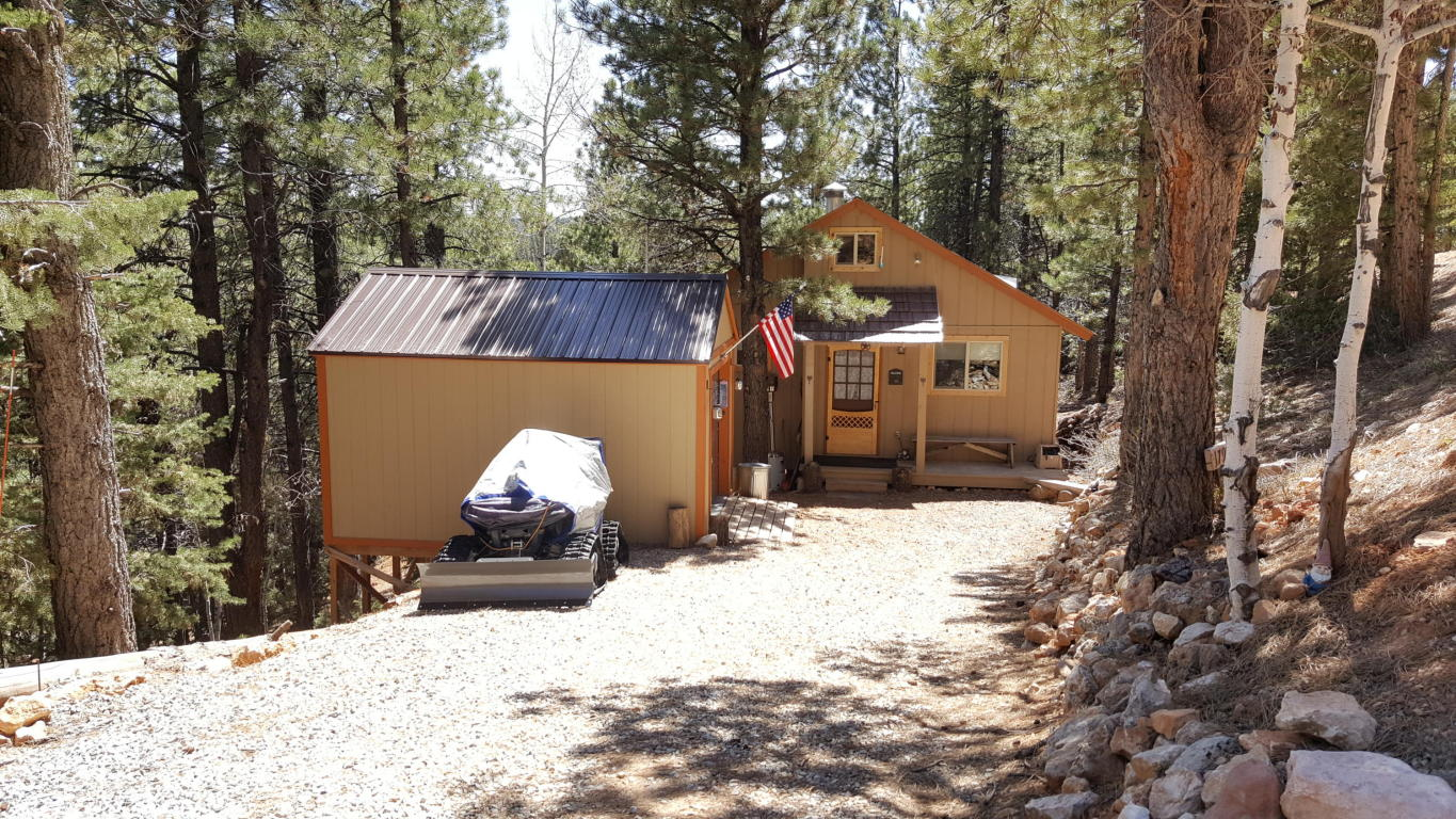 Duck Creek Real Estate, Cabin for sale